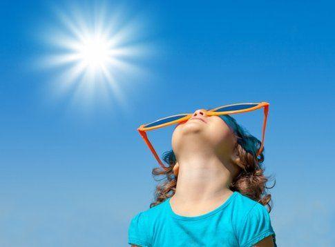 Non proteggere la Pelle da sole danneggia la pelle e può causare tumori e macchie solari -  unadonna.it
