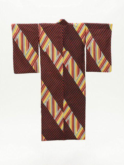 Kimono da donna con righe diagonali e verticali. 1950 Photo ©2014 Museum Associates/LACMA