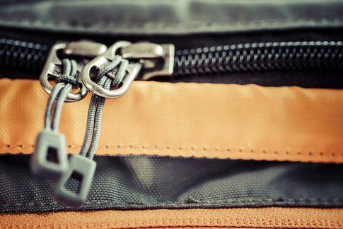 Nomadic Lass via Flikr - chiudere la valigia