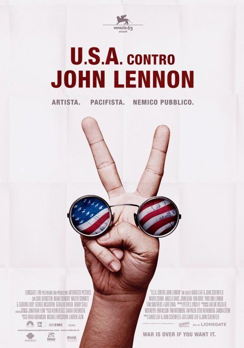 "Locandina di ""Usa contro John Lennon"" - foto Movieplayer.it"