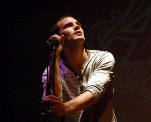 Jamie Dornan cantante folk