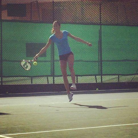 Elisabetta a lezione di tennis