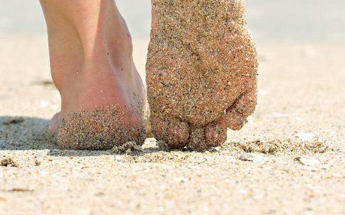 Camminare a piedi nudi, una filosofia che sta conquistando il mondo! - fonte : www.nastol.com.ua