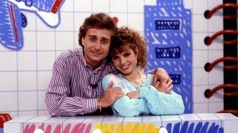 Paolo Bonolis e Manuela Blanchard di Bim Bum Bam - foto Movieplayer.it