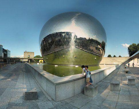 Il Géode nel Parco de la Villette - by Panoramas via Flickr