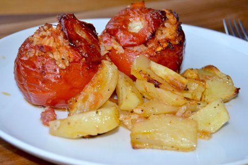 Pomodori con il riso. Ricetta e foto di Roberta Castrichella.