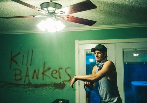 Andrew Garfield in 99 Homes - foto Movieplayer.it