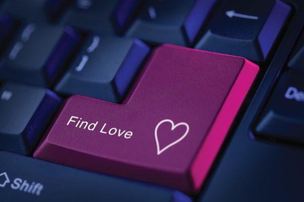 Come rimorchiare sul web: 5 app per trovare l'amore