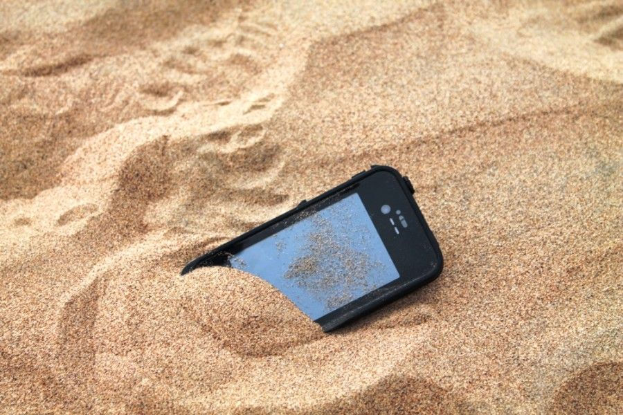 Lifeproof-iphone-case-review-dust-proof