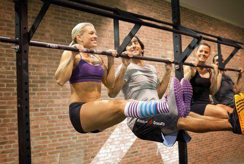 Gli allenamenti di Cross Fit sono intensi e faticosi, ma molto efficaci- fonte : oltrcrossfitsoto.com