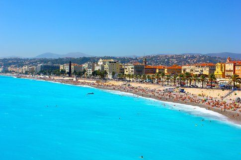 La spiaggia di Nizza - foto di Elisa Chisana Hoshi