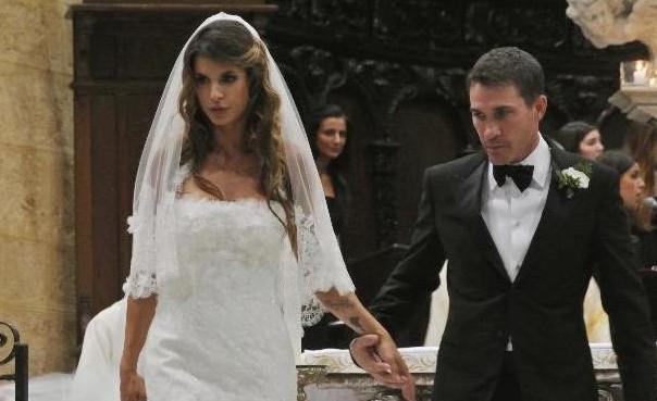 Elisabetta Canalis mette all'asta il suo vestito da sposa