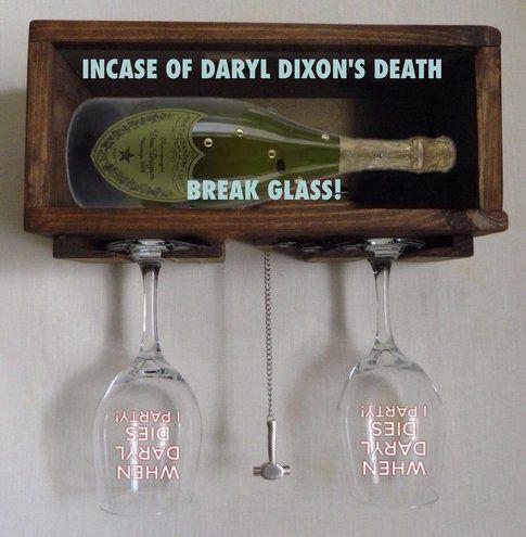 La propaganda contro-Daryl - foto dai commenti a Facebook The Walking Dead