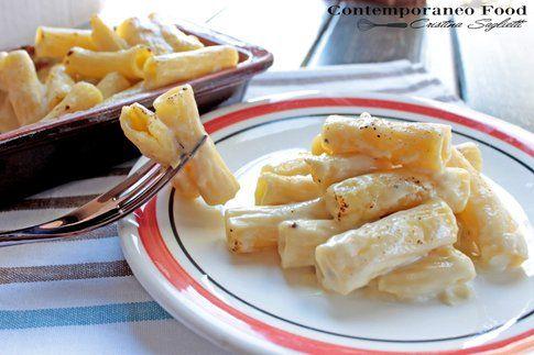 Maccheroncini in salsa Mornay