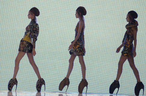 Le Armadillo shoes da una sfilata McQueen