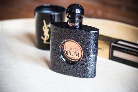 Black Opium, il nuovo profumo dall'animo rock di YSL