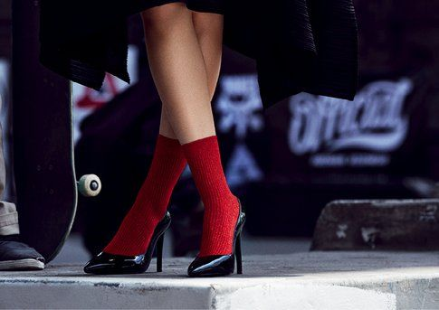 Deccolletè e calze rosse di Red Sox Appeal - fonte: www.red-sox.it