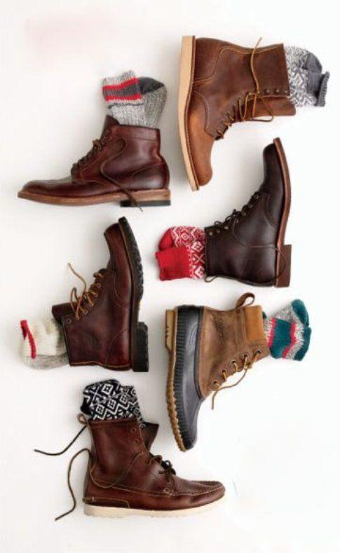 Boots e Calze: binomio perfetto!fonte: fineandfeathered.com