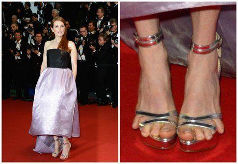 I piedi di Julianne Moore