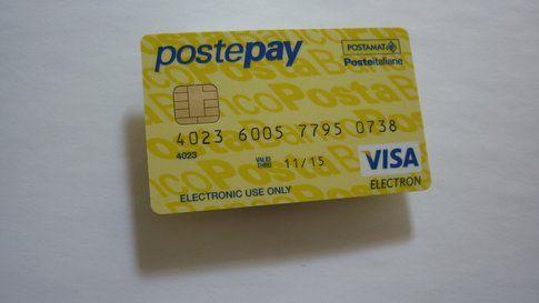 Postepay è sempre utilissima... se usata correttamente! (Leandro Riccini Margarucci on Flickr)