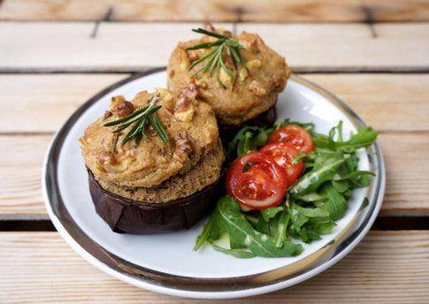 Muffin salati integrali con noci e rosmarino. Blog UnoCookBook.