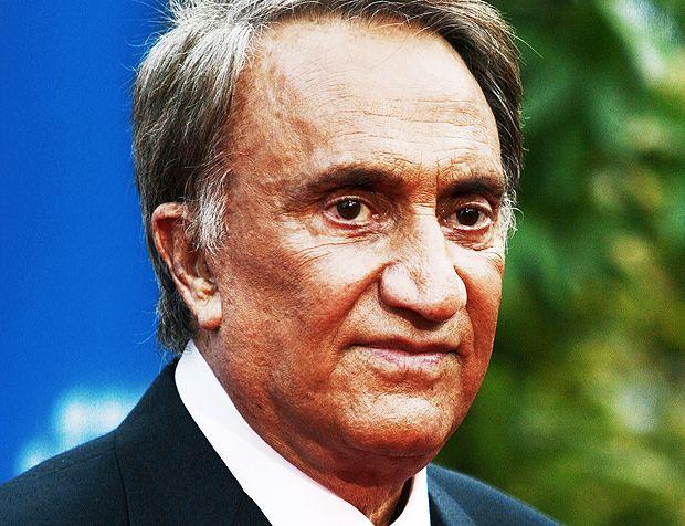 Emilio Fede indagato per aver ricattato i vertici di Mediaset