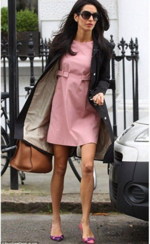 Il look di Amal - Foto: Daily Mail