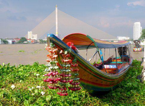 Long tail boat - foto di Elisa Chisana Hoshi