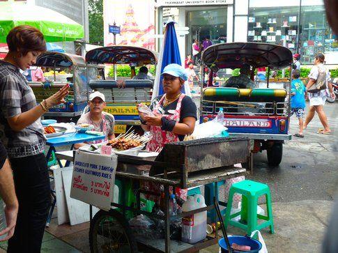 Per le vie di Bangkok - foto di Elisa Chisana Hoshi