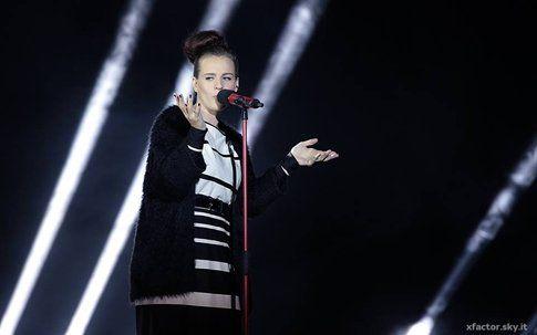 Emma durante il primo live di XFactor! - fonte: xfactor.sky.it