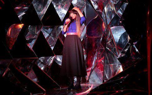 Camilla  durante il secondo live di XFactor! - fonte: xfactor.sky.it