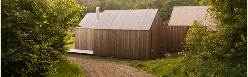 Micro cluster cabins: tre micro costruzioni per una casa