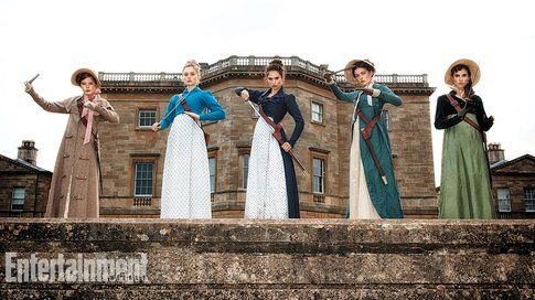 Le sorelle Bennet dal set di Pride and prejudice and zombies - foto Entertainment weekly
