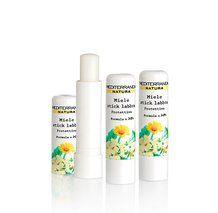 Stick Labbra al miele di Mediterranea , ideali per idratare ed ammorbidire le labbra durante l'inverno
