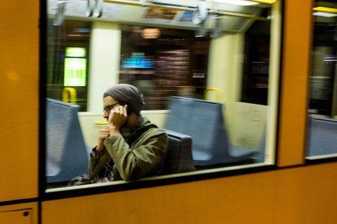 Prima di urlare al cellulare, pensa. (Svenn Hoffmann on Flickr)