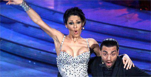 Anna Tatangelo - Ballando sotto le stelle 2012