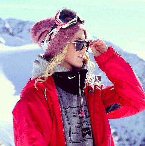 Silje Norendal, snowboarder norvegese in tenuta da montagna