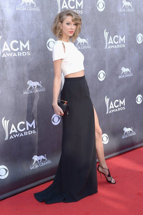 Taylor Swift agli ACM Awards 2014 - Foto: popsugar.com