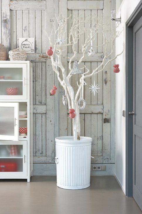 Albero di Natale con albero secco - foto Pinterest.com