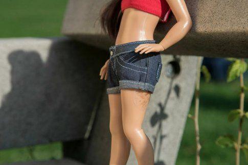 Arriva Barbie Normal: la bambola che non inganna