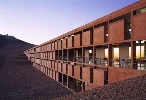 ESO Hotel. Cerro Paranal, Chile. Progetto: Auer + Weber Architekten