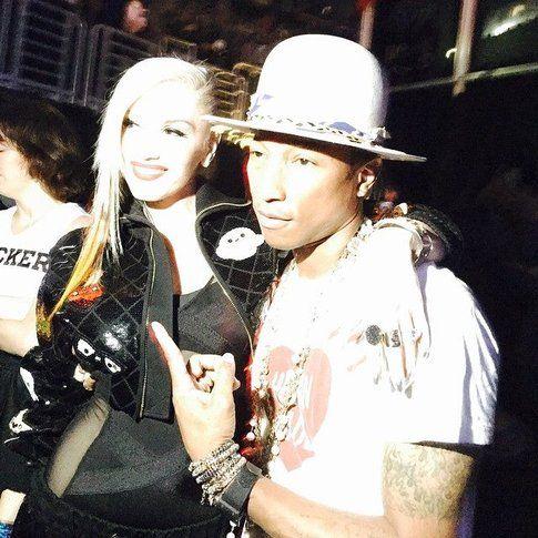Gwen Stefani e Pharrell Williams - foto via Facebook ufficiale