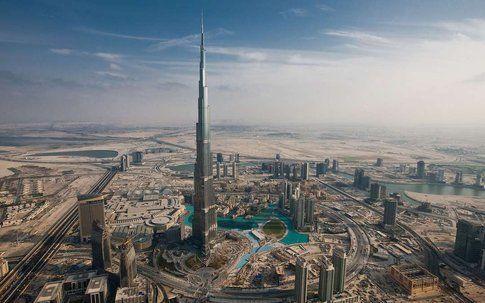 Burj Khalifa. Dubai, UAE. Progetto: Skidmore, Owings & Merrill LLP (SOM)