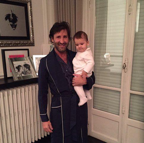 La piccola Indila con il suo papà
