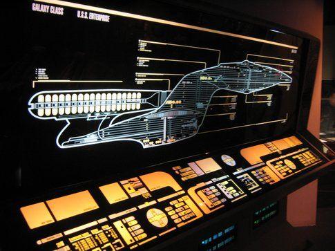 Dispositivi touch sulla plancia dell'Enterprise (Alistair McMillian on Flickr)