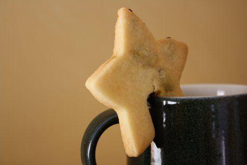 Biscotti delle feste: stelline con bacche di Goji