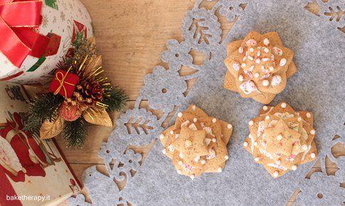 Alberelli di pasta frolla con glassa