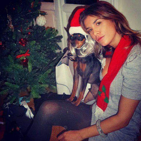 Elisabetta Canalis su Instagram insieme al suo adorato cagnolino
