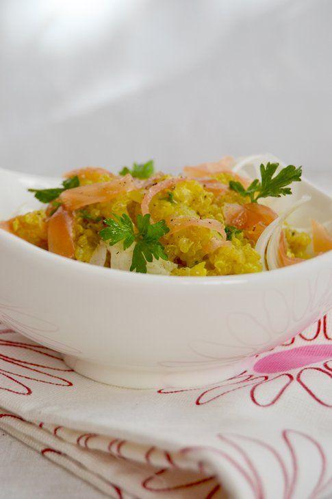 Insalata di quinoa con salmone, porri e finocchi. Ricetta e foto di Roberta Castrichella.