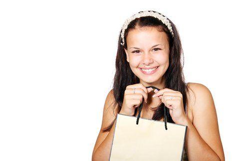 Lo shopping fa bene alla salute: lo dimostra una ricerca